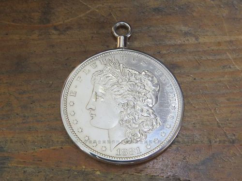 銀貨コイン枠