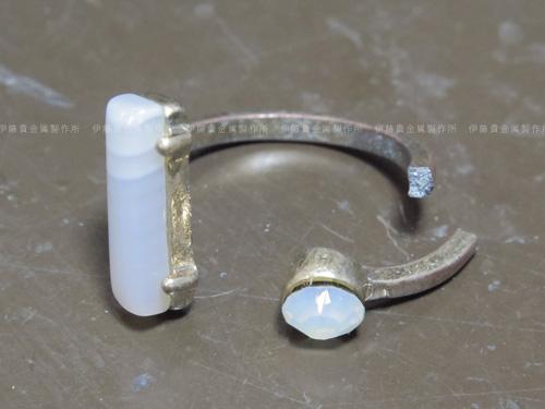 アルミ素材のリング